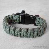Paracord survival strap bracelet