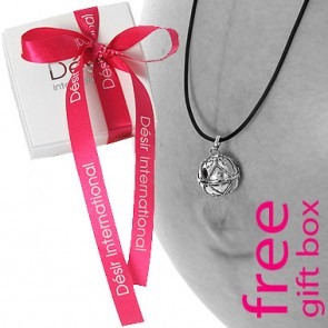 Free gift wrapping with your pregnancy gift